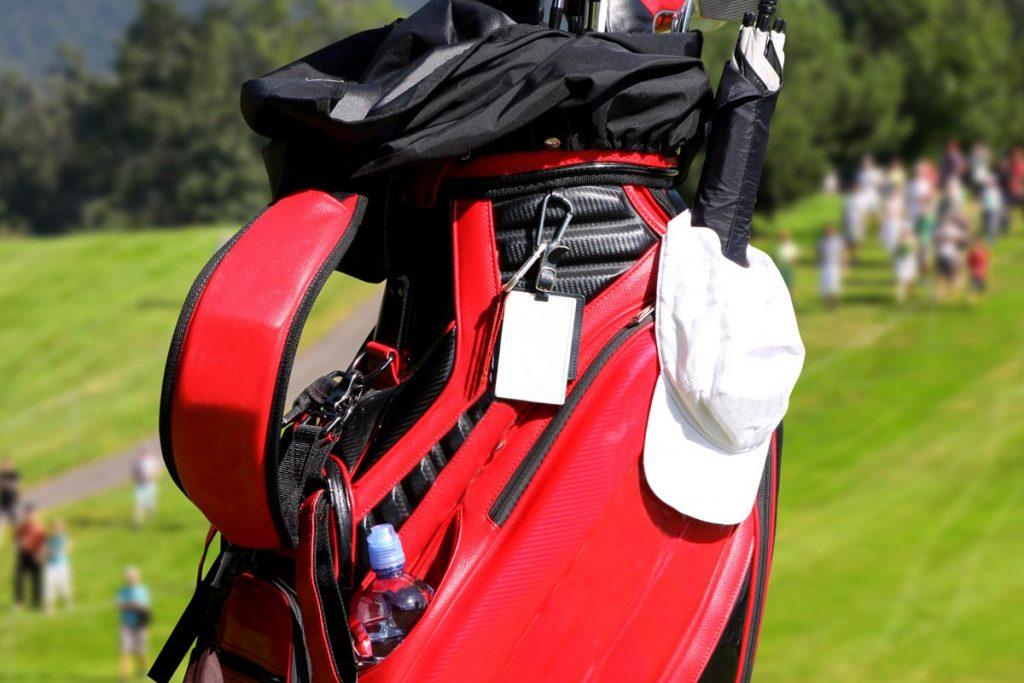 ゴルフ初心者必見【ネームプレートのマナー】つけるべき理由とおすすめ商品ご紹介!