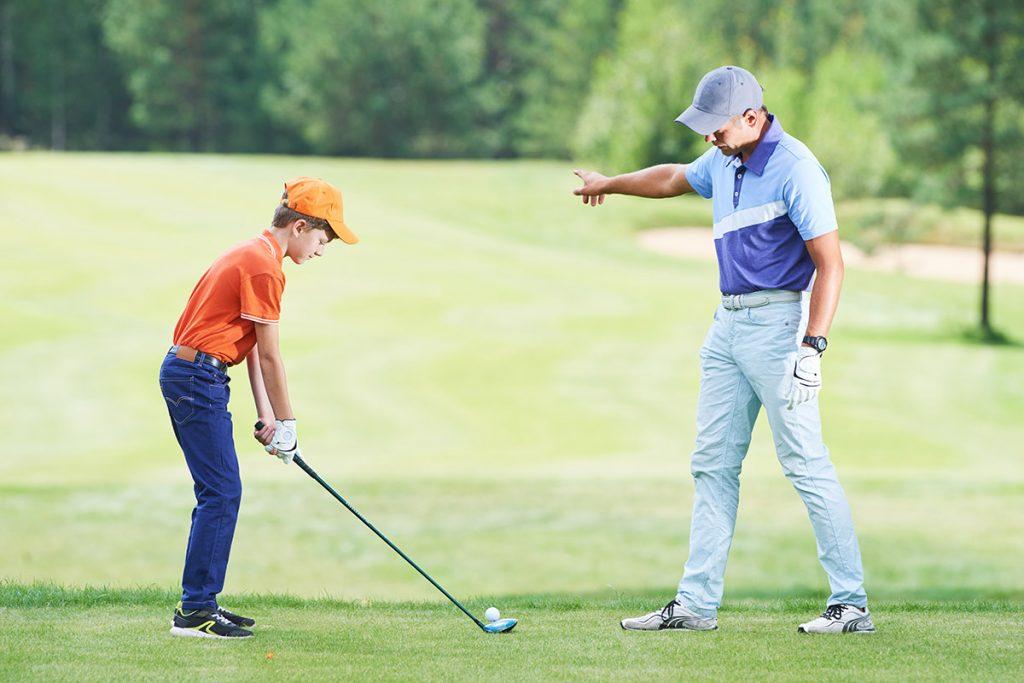 【ゴルフ初心者必見】ラウンドデビューまで3カ月!ゴルフスクールに一度は行って欲しい理由