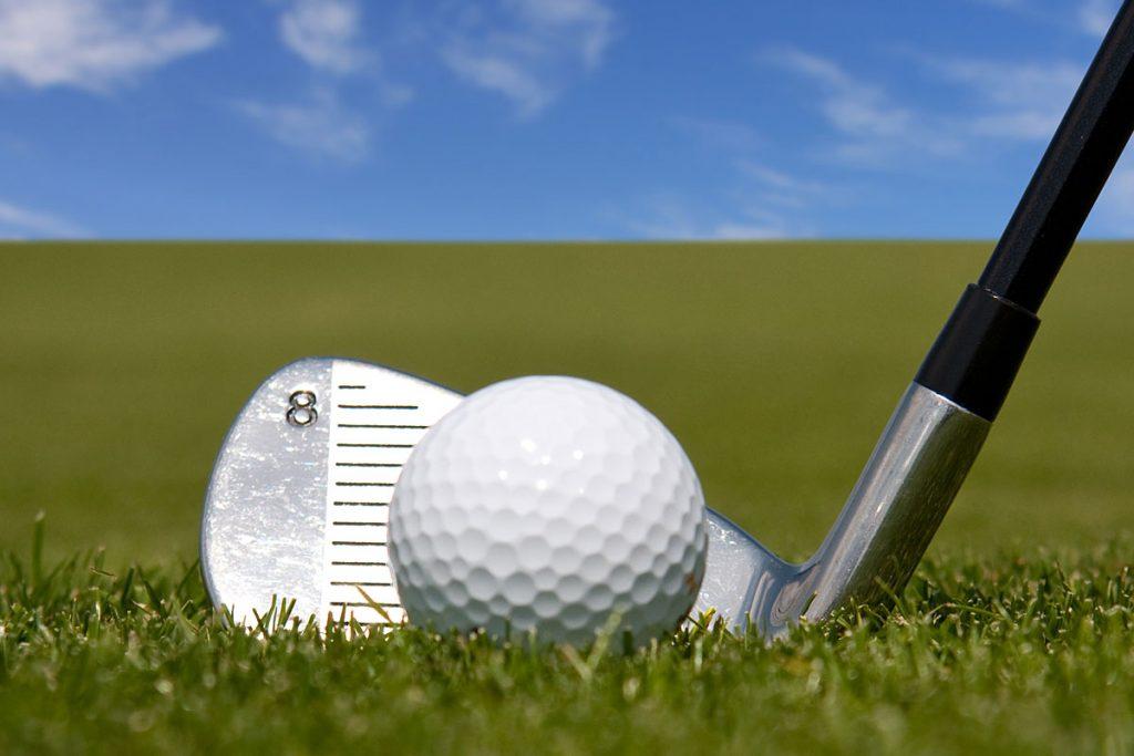 ゴルファーの天敵!ゴルフ初心者でシャンクが出たら直るのか?シャンクの原因とラウンド中の応急処置を解説