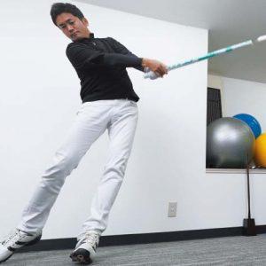 トイレットペーパーの芯と体重計で飛距離アップ!自宅で簡単にできる練習法