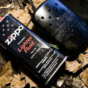 ZIPPOハンドウォーマーの使い方を紹介。男心をくすぐる、ゴルフのお供におすすめな防寒グッズ